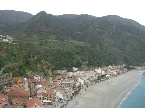 The climate in November and December in Calabria