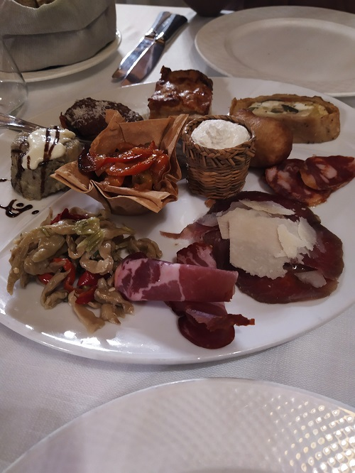 The starter in Calabrian cuisine