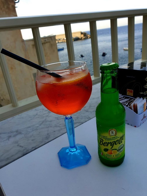 Bergotto is a calabrian non-alcoholic refreshing drink