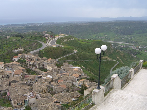 mountain village in Calabria where they speak the Greek language