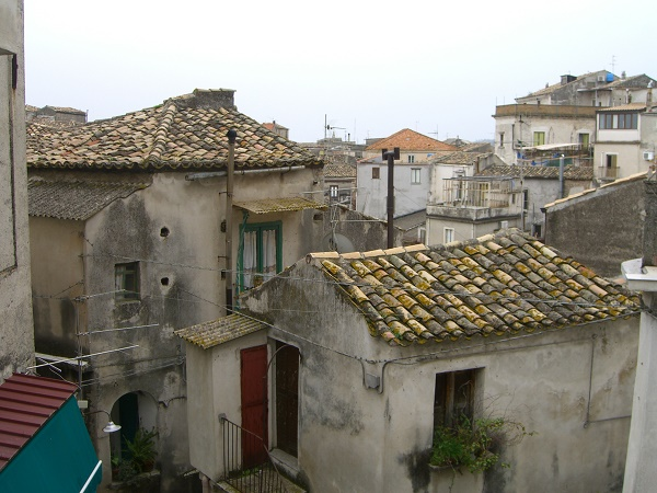 There are many things to see in remote villages in Calabria.