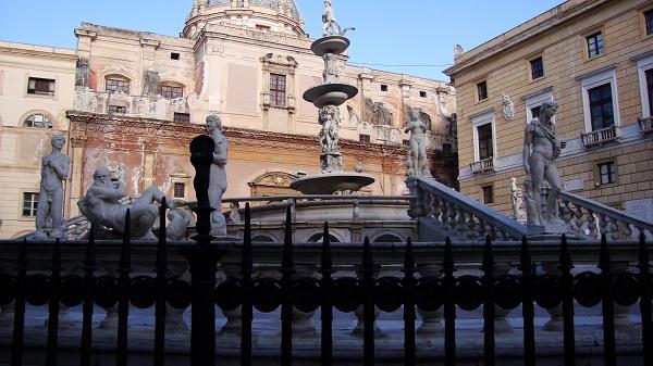 Piazza Pretoria in Palermo