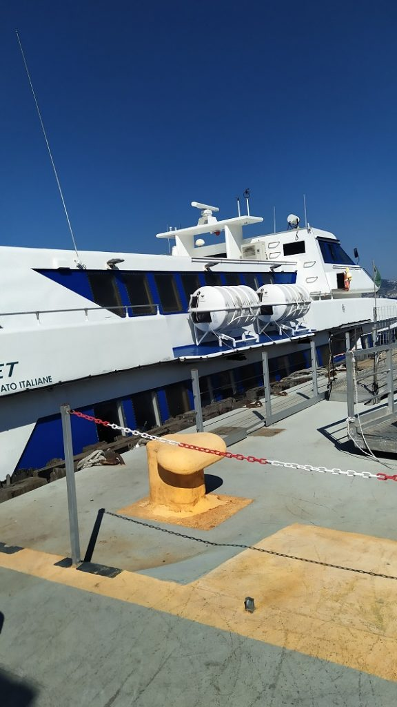 The hydrofoil from Calabria