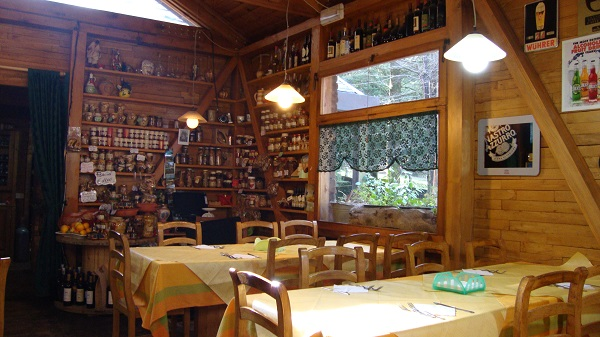 A restaurant in Serra San Bruno