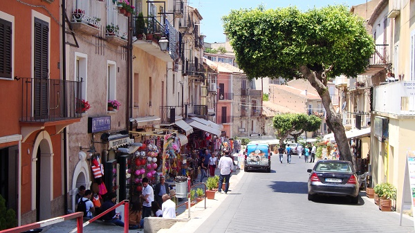Colourful streets in Tropea